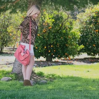 A pop of color & pattern and a Minnetonka GIVEAWAY